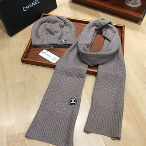 C Scarf and beanie set
